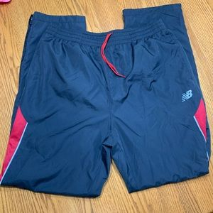 New Balance men's exercise pants in size XL.